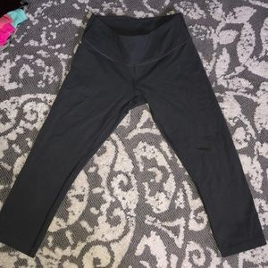 Lululemon Wunder Under Charcoal Gray size 6